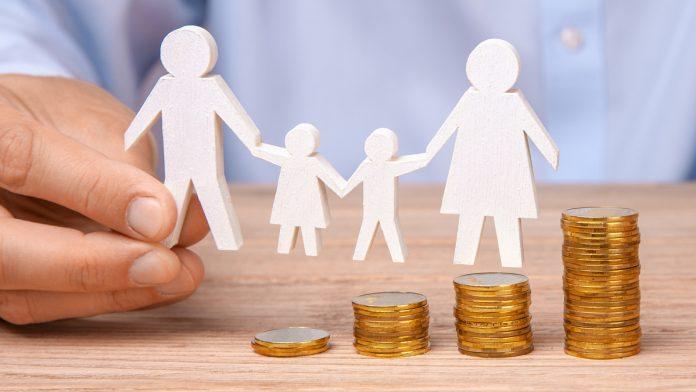 ¿Es discriminatorio no pagar el complemento de pensión de jubilación por maternidad a los trabajadores hombres?