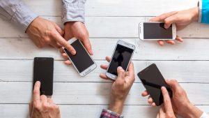 Las compañías telefónicas deben entregar previamente y por escrito las condiciones de contratación a los usuarios que lo soliciten
