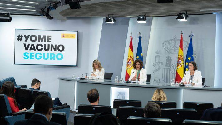 Yolanda Díaz, Mª Jesús Montero y Reyes Maroto