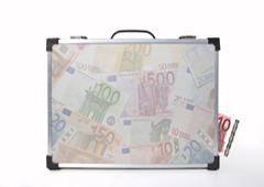 Un maletín lleno de billetes de euro