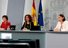 Isabel Celáa, Mª Jesús Montero y Reyes Maroto