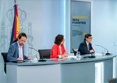 Pablo Iglesias, Mª Jesús Montero y Salvador Illa