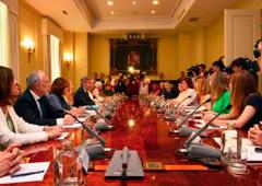 Presidida por el presidente del TS y del CGPJ, han asistido los ministros de Justicia y del Interior, la fiscal general del Estado y la delegada del Gobierno para la Violencia de Género