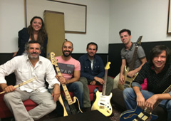 de izquierda a derecha, Javier Leyva (batería), María González (voz), Abraham Nájera (bajo y voz), Luis Ugarte (guitarra), Bruno González (guitarra y voz) y Raúl Álvarez (guitarra), componentes de Control de Cambios