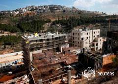 Los asentamientos de Ramot y Ramat Shlomo (al fondo) en una zona de la cocupada Cisjordania que Israel anexionó a Jerusalén, el 22 de enero de 2017
