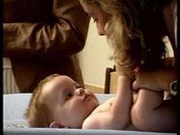 La Comisión Europea ampliará a 18 semanas la baja maternal