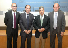 De izq. Dcha., Gabriel Castro, Javier Muñoz, Juan Manuel Fernández y Julio Muerza.