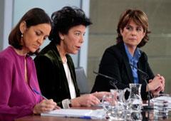 Reyes Maroto, Isabel Celaá y Dolores Delgado