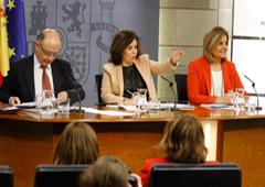 Cristóbal Montoro, Soraya Sáenz de Santamaría y Fátima Báñez