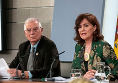 Josep Borrel y Carmen Calvo