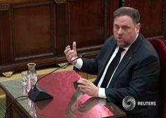 El ex vicepresidente catalán Oriol Junqueras testifica ante los jueces durante el juicio a los líderes independentistas catalanes en prisión en el Tribunal Supremo, en Madrid, España, el 14 de febrero de 2019