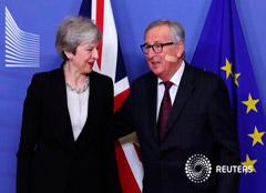 El presidente de la Comisión Europea, Jean-Claude Juncker, se reúne con la primera ministra británica,Theresa May, en la sede de la Comisión en Bruselas, el 20 de febrero de 2019