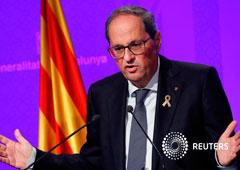 El presidente de Cataluña, Quim Torra, durante una conferencia de prensa después de que el Tribunal Supremo de España condenara a prisión a nueve líderes separatistas catalanes, en la sede del Gobierno regional en Barcelona, el 15 de octubre de 2019