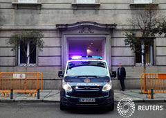 Noticias Principales 25 de octubre de 2018 / 13:28 / hace 19 horas El Supremo decide abrir juicio contra Junqueras y otros líderes independentistas 3 MIN. DE LECTURA MADRID (Reuters) - La Sala de lo Penal del Tribunal Supremo español dijo el jueves que