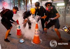 Los manifestantes en Hong Kong afinan la estrategia en los nuevos enfrentamientos con la policía