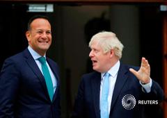 El primer ministro de Reino Unido, Boris Johnson, junto al primer ministro de Irlanda (Taoiseach, en gaélico), Leo Varadkar, en Dublín, el 9 de septiembre de 2019.
