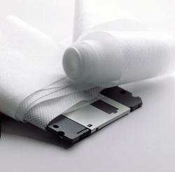 Un diskette envuelto en papel