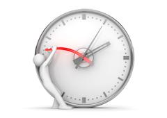 Un muñequito parando las agujas de un reloj