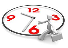 Un reloj con los números en rojo y un muñeco blanco andando al lado con un maletín